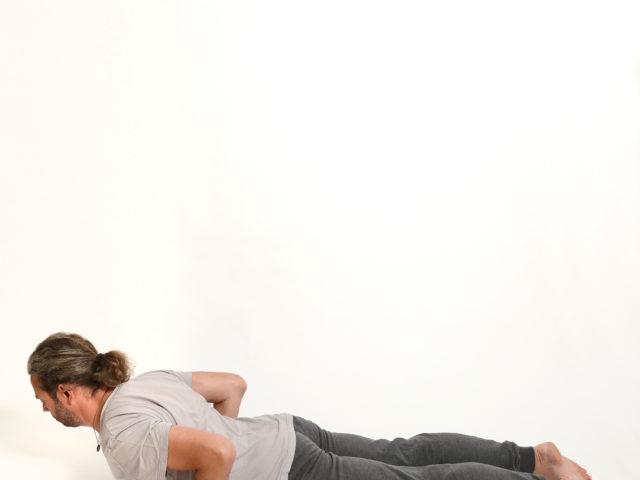 03 Bhujangasana-Kobra-Yoga-Unna-Kamen