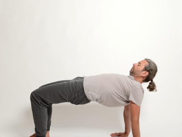 06 padapitham-Tisch-Haltung-Yoga-Unna-Kamen