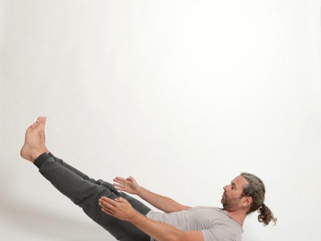 11 Naukasana-Boothaltung-Yoga-Unna-Kamen