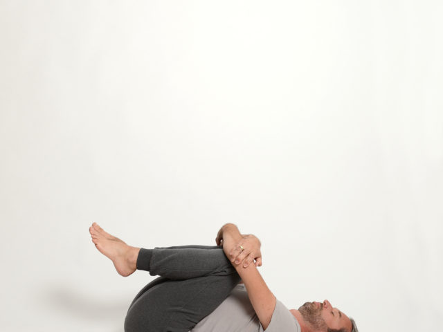 12 Pavanamuktasana-befreiende-Haltung-Yoga-Unna-Kamen